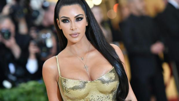 Kim Kardashian stuipen op het lijf gejaagd door varkens