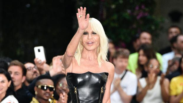 Overname in modewereld: Michael Kors koopt Versace