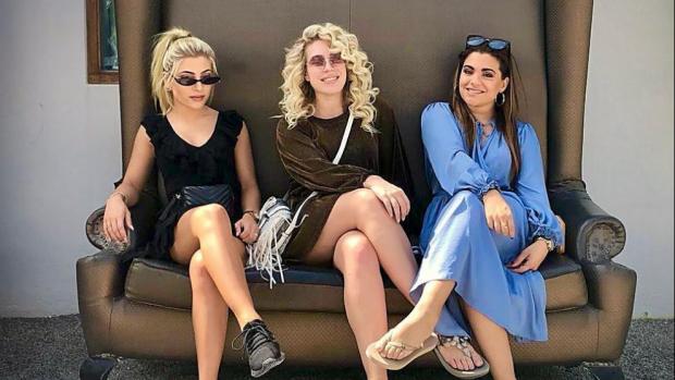 OG3NE-zusjes blazen stoom af op Ibiza