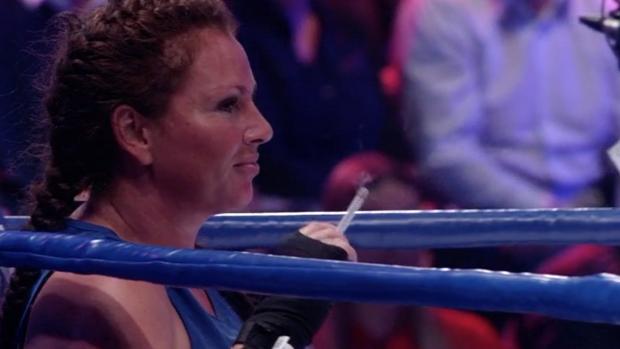 Michella Kox moest overgeven van de spanning voor boks-duel
