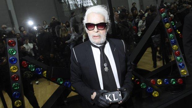 Karl Lagerfeld ontwerpt kerstverlichting Champs Elysées