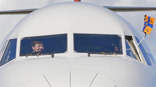 Koning Willem-Alexander vliegt passagiersvliegtuig naar Turkije