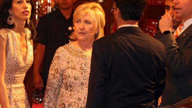 Beelden van swingende Clinton op bruiloft gaan wereld over