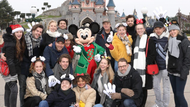 Betoverend uitje van GTST-cast in Disneyland Paris