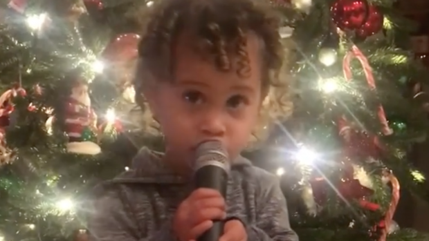 ZIEN: Anouks dochtertje laat je hart smelten deze kerst
