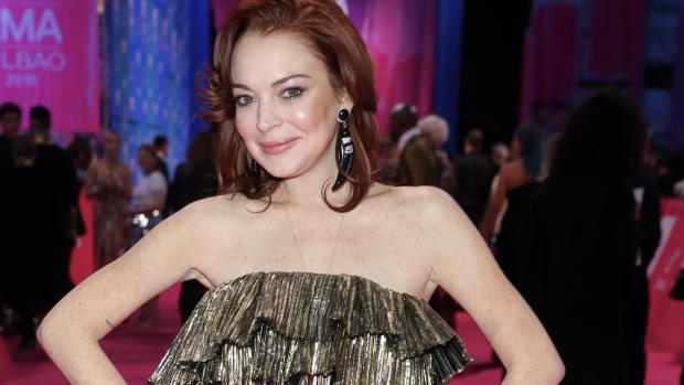 Lindsay Lohan uit de kleren op Instagram