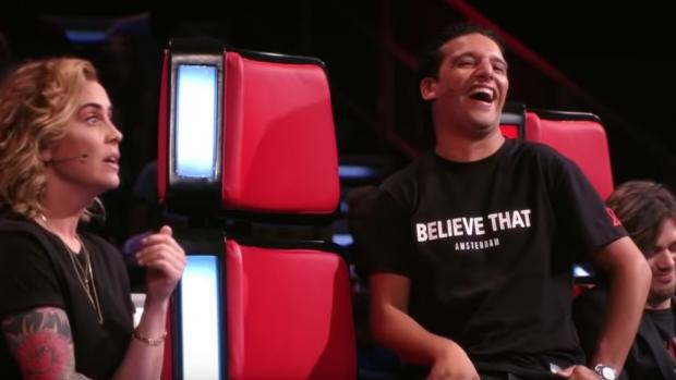 Ali B groot fan van de altijd eerlijke Anouk in The Voice
