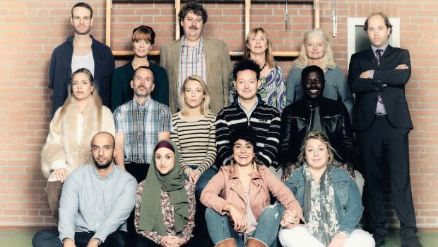 Dit is de cast van het nieuwe seizoen De Luizenmoeder