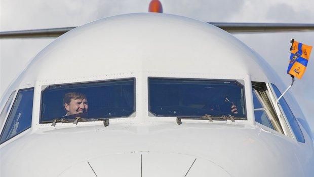 Koning Willem-Alexander vliegt team Nikkie Plessen naar Athene