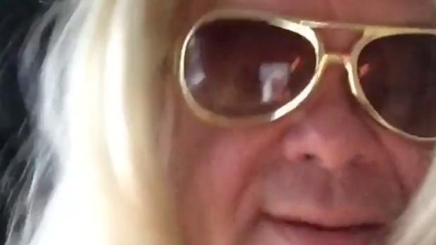Paul 'Invluuenza' de Leeuw en Chantal 'Selfie' Janzen kibbelen...