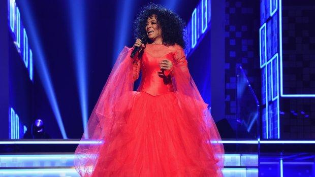 Diana Ross viert 75ste verjaardag bij Grammy's