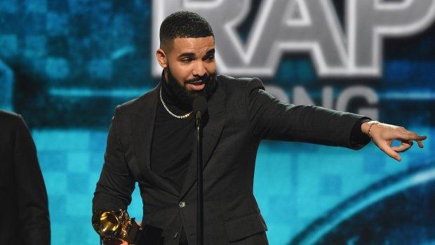 Drake afgekapt tijdens Grammy-speech