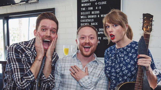 Taylor Swift bezorgt fans onvergetelijk verlovingsfeest