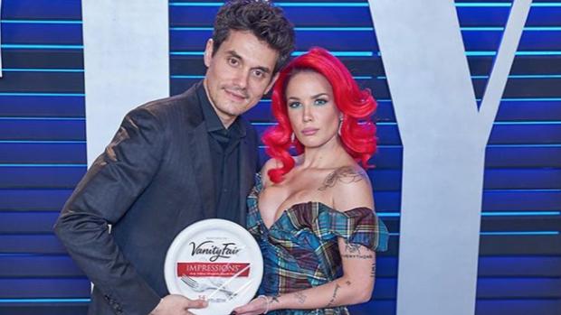 LOL: John Mayer imiteert beroemde Oscar-afterparty