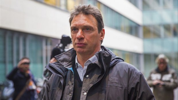 Willem Holleeder over zus Astrid: 'Ze is wappie'