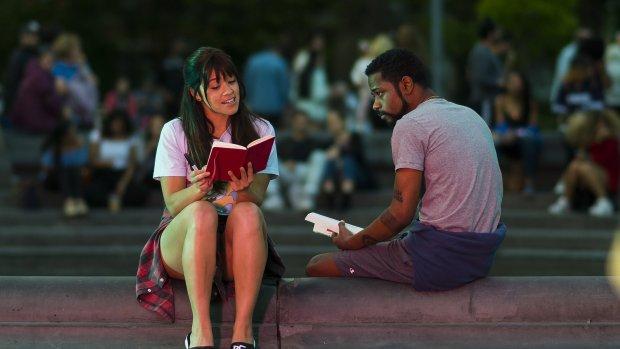 'Jane The Virgin' is terug in de nieuwe Netflix-romcom