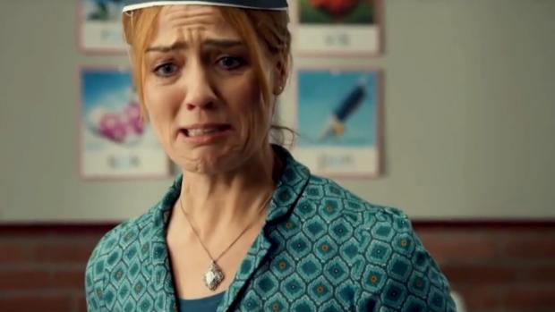 Hilarisch: Is dit dé trailer van De Luizenmoeder-film?