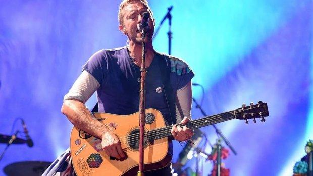 Stalker van Chris Martin krijgt straatverbod