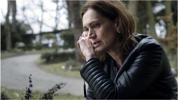 Penoza-heldin Carmen geeft teken van leven