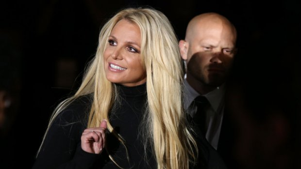 Britney Spears verbreekt stilte over opname in kliniek