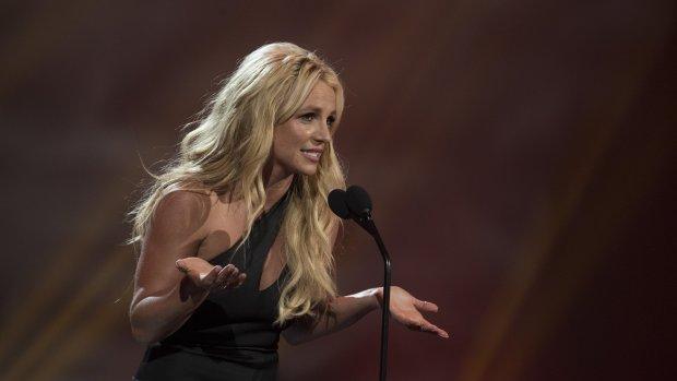 Afgevallen Britney sport stress weg