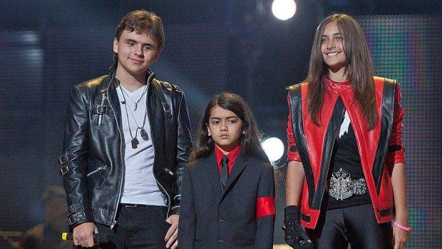 Jongste zoon Michael Jackson ziet er nu heel anders uit