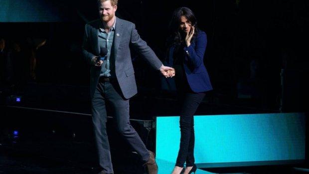 Cast van Suits wenst Harry en Meghan veel geluk