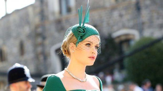Nichtje prinses Diana (28) gespot met rijke, nieuwe vlam (60)