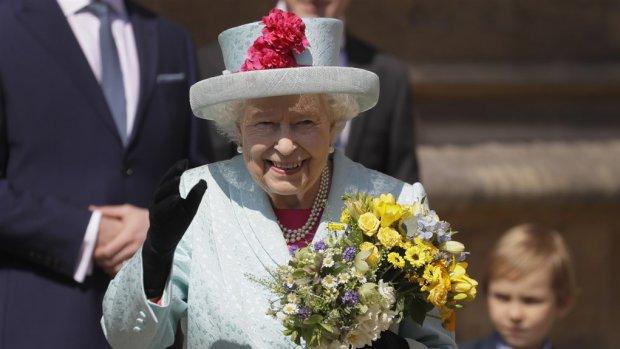 Dream job alert: Queen Elizabeth zoekt social media ster
