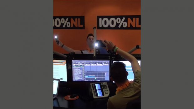 Radiozender draait uur lang Arcade van Duncan Laurence