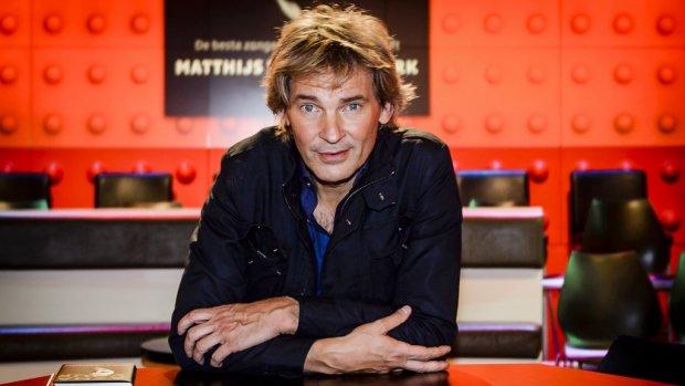 Twitter valt over Matthijs van Nieuwkerk in College Tour