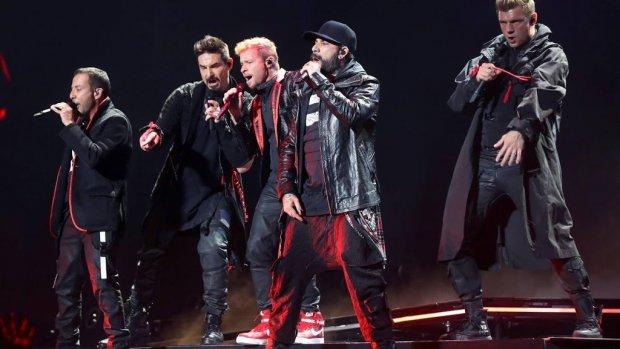 Backstreet Boys zetten bloemetjes buiten in Amsterdam