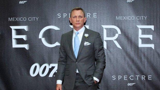 Daniel Craig traint weer voor nieuwe 007