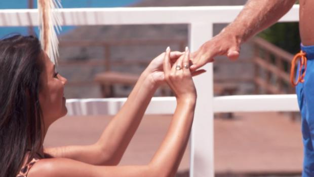 Het regende huwelijksaanzoeken in Love Island