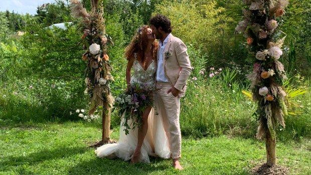 ZIEN: Katja en Freek stiekem gisteren al getrouwd