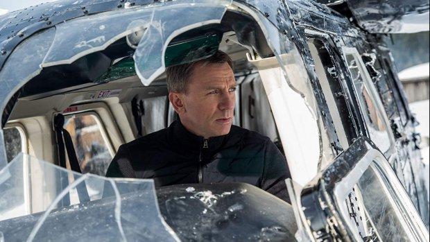 Man op James Bond-set aangehouden voor voyeurisme
