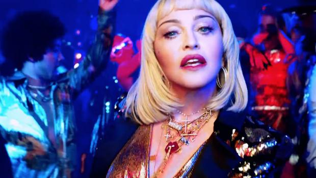 Madonna in actie tegen wapengeweld in nieuwe clip