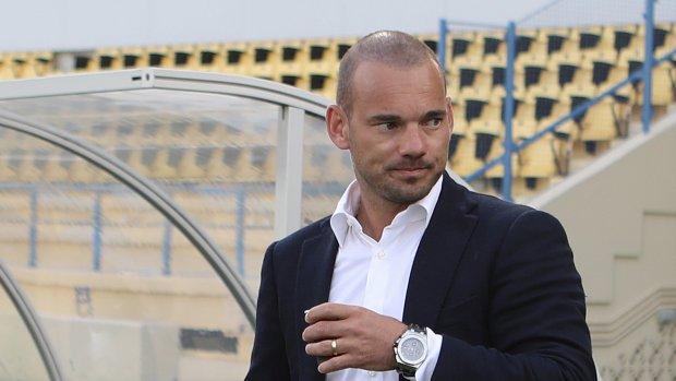 'Wesley Sneijder opgepakt wegens vernieling van auto'