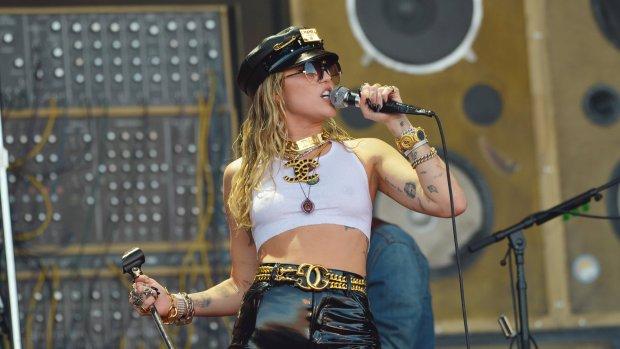Angstige momenten voor Miley Cyrus