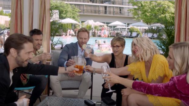 Nieuwe trailer Beverly Hills 90210 is feest der herkenning