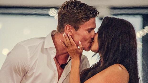 Hebben Love Island-Rowéna en Stenn spijt van seks op tv?