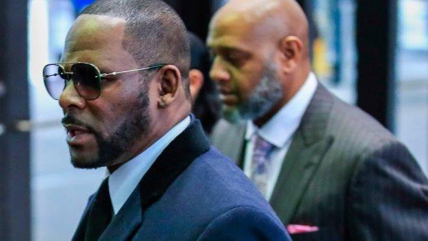 'R. Kelly heeft slachtoffer geen miljoenen gegeven'