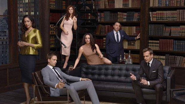 Suits kondigt gigantische comeback aan in nieuwe aflevering