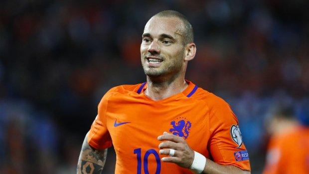 Wesley Sneijder stopt officieel met voetballen