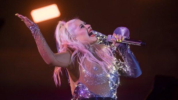 Christina Aguilera viert twintigjarig jubileum