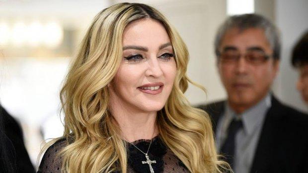 Madonna neemt het op voor Miley Cyrus