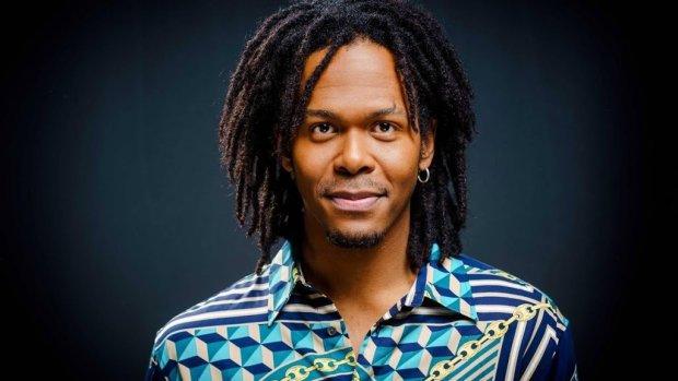 Jeangu Macrooy werkt met taalcoach aan songfestivallied