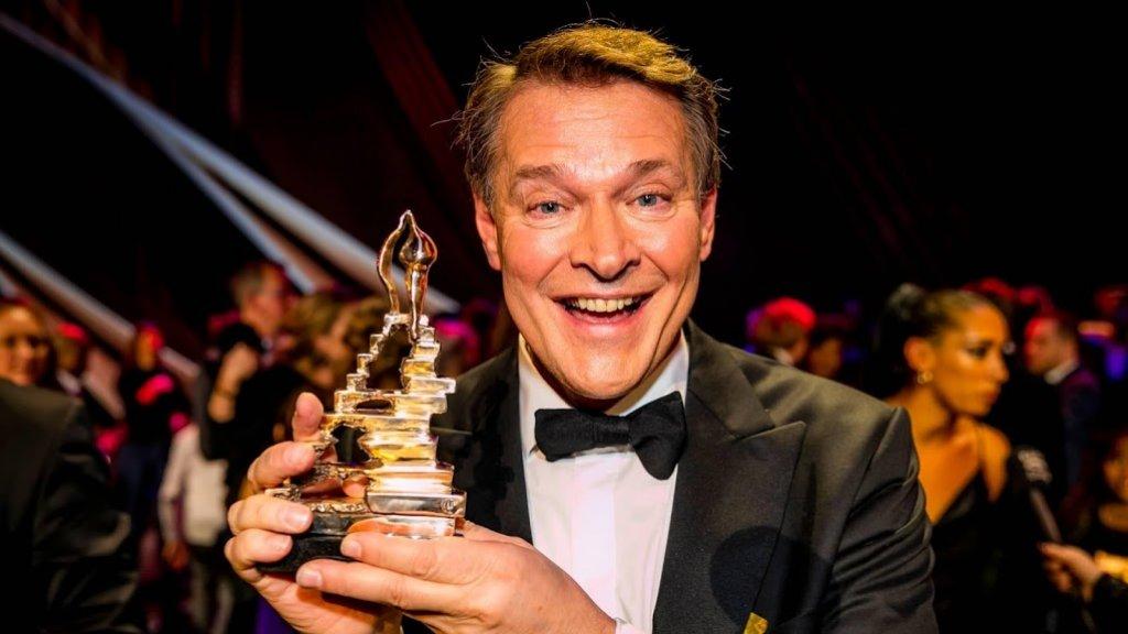 Verwonderend Ondanks extra baan blijft Albert Verlinde bij 6 Inside | RTL Boulevard GG-06