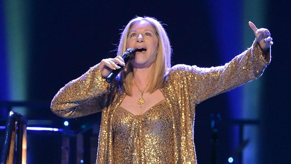 Barbra Streisand gaf Yentl geen toestemming | RTL Boulevard