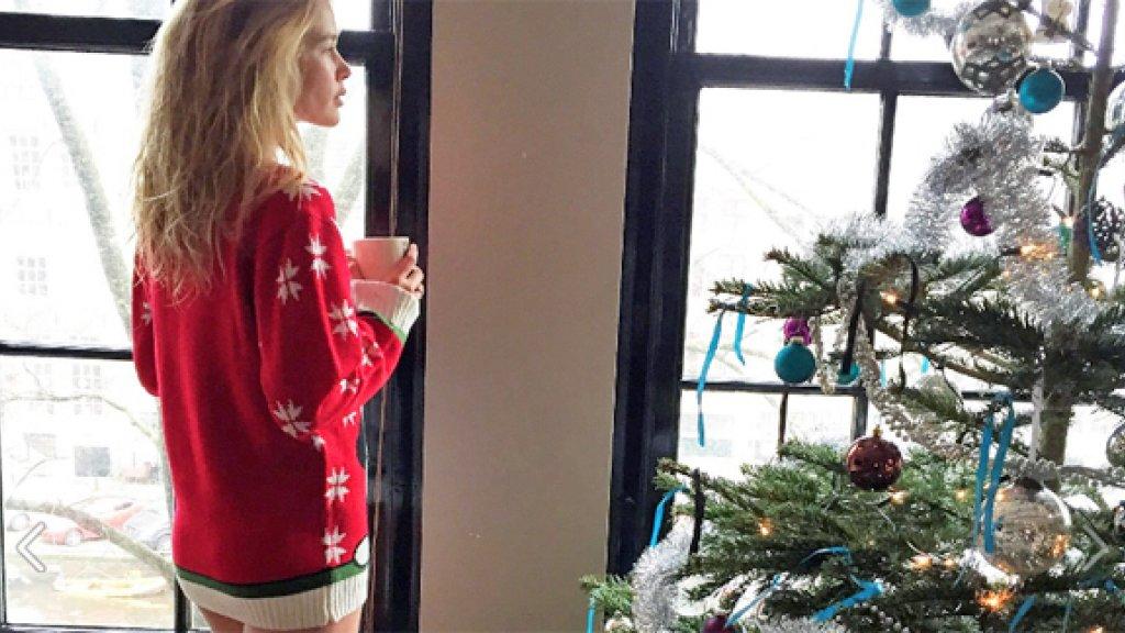 Kersttrui Postcodeloterij.Win Een Kersttrui Gedragen Door Doutzen Kroes Rtl Boulevard